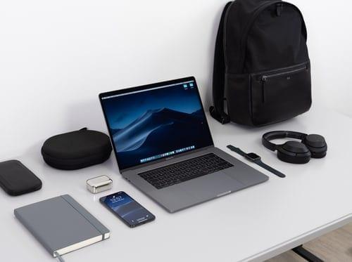 Dual windows on laptops